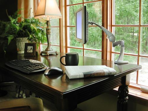 wireless-home-office-1240115-1920×1440.jpg